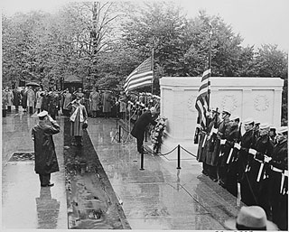 truman-armistice-day-tomb-unknown-soldier-m
